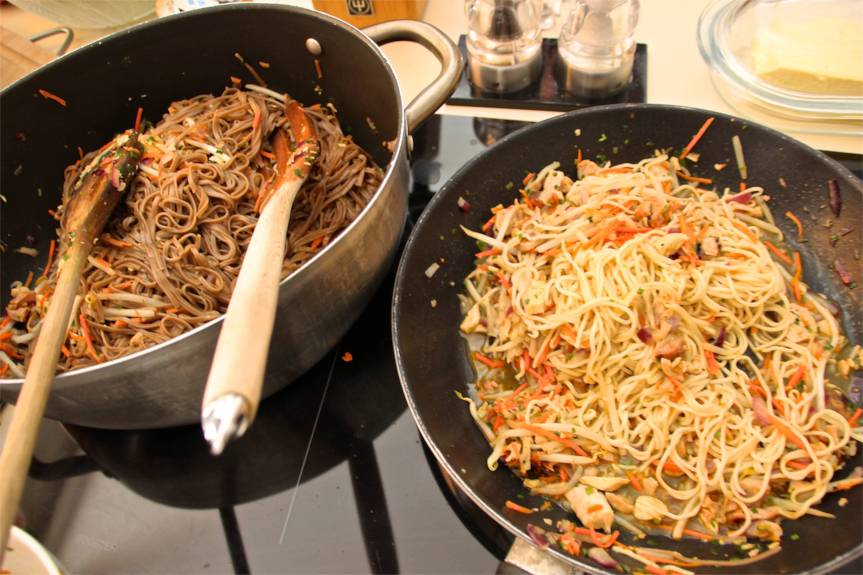 Easy Chinese Chicken Chow Mein